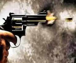 क्रिकेट मैच में कैच लेने के विवाद में एक माह बाद बदला के नियत पर युवक को मारी गोली,घायल…